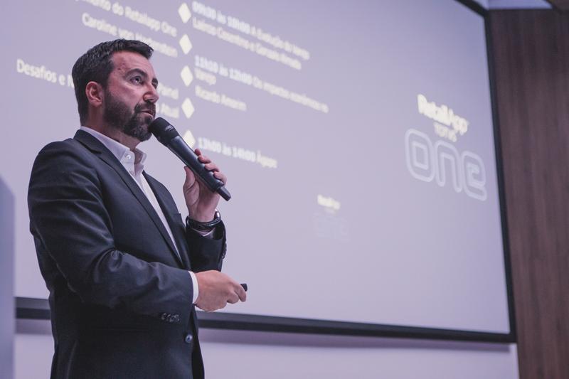 Carlos Ferreirinha was responsible for conducting the event.