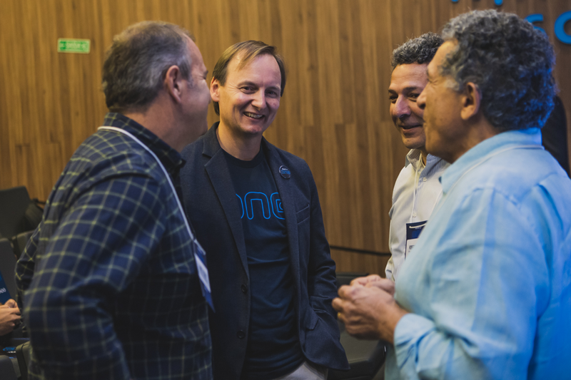 Carlos Lerena, COO of RetailApp™, along with the users of the platform.